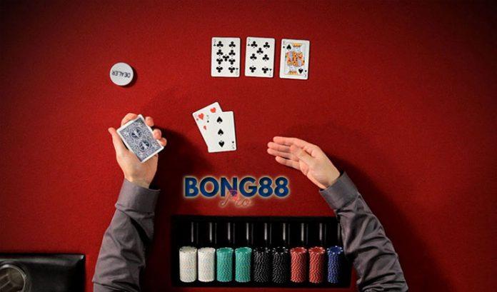 Bluff trong Poker